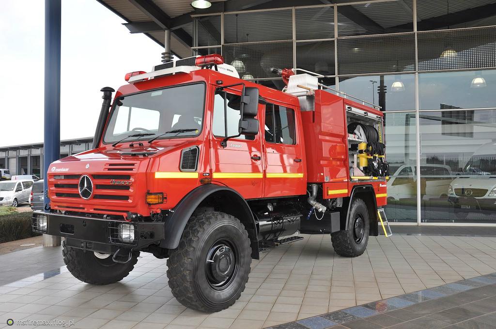 Unimog U5023 Crew Cab | Autos Post