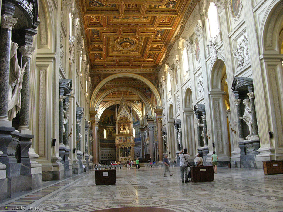 roma basilica san giovanni in laterano interno