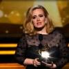 Adele - Skyfall ::  To już koniec Wstrzymaj <br />oddech i policz do dziesi<br />ęciu Poczuj jak Ziemia si<br />ę rusza, a potem Słuc