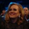 Adele - Hometown Glory :: Przechadzałam się tą samą<br /> ścieżką co zawsze Omijaj<br />ąc dziury w chodniku, Stu<br />kając obcasami i