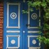 ... ::   Aby znaleźć miłość, nie<br /> pukaj do każdych drzwi. <br />Gdy przyjdzie twoja godzi<br />na, sama wejdzie do twego